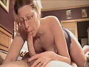 Mature gal delivers the most astounding deep throat