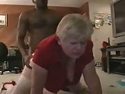 Amateur flick of a mature who just enjoys the black meat